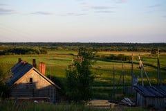 Αγροτικό θερινό τοπίο στοκ φωτογραφίες