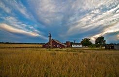 Αγροτικό σπίτι 17 μιλι'ου και σιταποθήκη, αυγή, Κολοράντο στοκ εικόνα με δικαίωμα ελεύθερης χρήσης