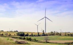 Αγροτικό τοπίο ανεμόμυλων Midwest στοκ φωτογραφία με δικαίωμα ελεύθερης χρήσης