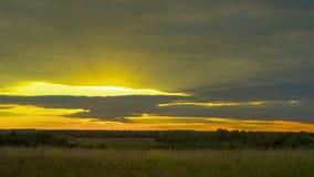 Αγροτικό τοπίο και ηλιοβασίλεμα, χρόνος-σφάλμα απόθεμα βίντεο