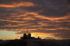 Αγροτικό χειμερινό ηλιοβασίλεμα Στοκ Εικόνα