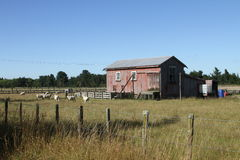 αγροτικό outhouse στοκ φωτογραφίες
