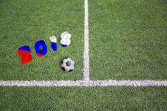 Αγωνιστικός χώρος ποδοσφαίρου με την εννοιολογική ρωσική σημαία Στοκ εικόνες με δικαίωμα ελεύθερης χρήσης