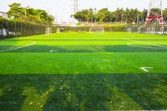 Αγωνιστικός χώρος ποδοσφαίρου ξημερωμάτων στοκ φωτογραφία με δικαίωμα ελεύθερης χρήσης