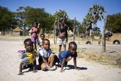 Αγόρια στο παιχνίδι στοκ φωτογραφίες με δικαίωμα ελεύθερης χρήσης