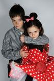Αγόρι και ποντίκι της Minnie στοκ φωτογραφία