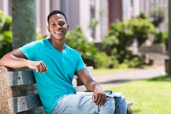 Αγόρι κολλεγίων αφροαμερικάνων Στοκ Φωτογραφίες