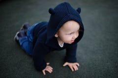 αγόρι λίγη παιδική χαρά Στοκ φωτογραφία με δικαίωμα ελεύθερης χρήσης