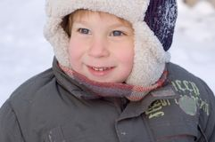 αγόρι λίγος χειμώνας πορτ& Στοκ Φωτογραφία