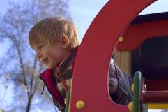 αγόρι λίγο παιχνίδι playgound Στοκ φωτογραφία με δικαίωμα ελεύθερης χρήσης