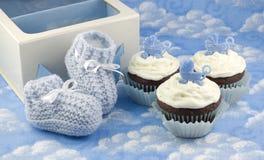 αγόρι λειών μωρών cupcakes στοκ φωτογραφία με δικαίωμα ελεύθερης χρήσης