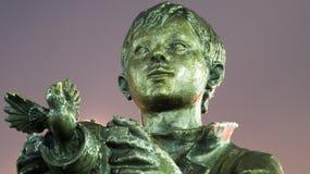 Αγόρι με το μνημείο καμερών Στοκ Εικόνες