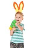 Αγόρι με το πυροβόλο όπλο νερού Στοκ Φωτογραφίες
