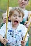 Αγόρι μικρών παιδιών σε μια ταλάντευση Στοκ Εικόνα