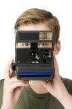 Αγόρι πίσω από τη κάμερα Στοκ εικόνα με δικαίωμα ελεύθερης χρήσης
