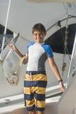 Αγόρι που κρατά ένα ψάρι Στοκ Φωτογραφίες