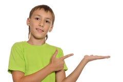 αγόρι που στέκεται νέο Στοκ φωτογραφίες με δικαίωμα ελεύθερης χρήσης