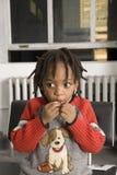 αγόρι που τρώει ελάχιστα Στοκ εικόνες με δικαίωμα ελεύθερης χρήσης