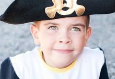 Αγόρι σε ένα καπέλο πειρατών Στοκ φωτογραφίες με δικαίωμα ελεύθερης χρήσης
