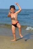 Αγόρι στην παραλία Στοκ εικόνες με δικαίωμα ελεύθερης χρήσης