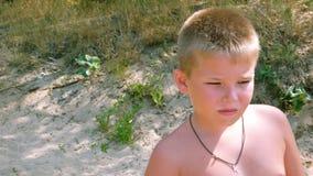αγόρι στοχαστικό στοκ φωτογραφίες με δικαίωμα ελεύθερης χρήσης