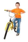 Αγόρι στο ποδήλατο που απομονώνεται Στοκ φωτογραφία με δικαίωμα ελεύθερης χρήσης
