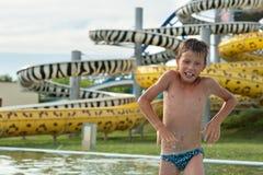 Αγόρι στο aquapark Στοκ Φωτογραφία