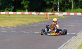 Αγόρι στο kart στοκ εικόνα με δικαίωμα ελεύθερης χρήσης