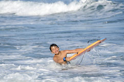 Αγόρι Surfer στοκ εικόνα με δικαίωμα ελεύθερης χρήσης