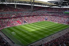Αγώνας ποδοσφαίρου στο στάδιο Wembley, Λονδίνο Στοκ Εικόνες