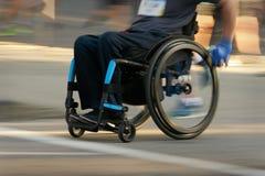 Αγώνας σε μια αναπηρική καρέκλα Στοκ Εικόνες