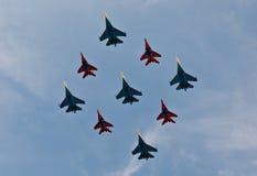 Αεριωθούμενα αεροπλάνα Figher στο σχηματισμό Στοκ Εικόνες