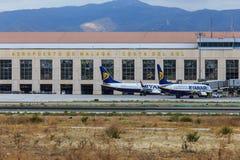 Αεριωθούμενα αεροπλάνα Ryanair στη Μάλαγα Στοκ εικόνα με δικαίωμα ελεύθερης χρήσης