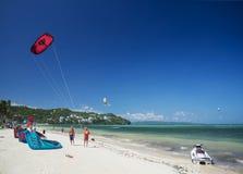 Αεριωθούμενη κυματωγή σκι και ικτίνων στην παραλία boracay Φιλιππίνες bolabog Στοκ Εικόνες