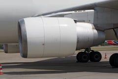 αεριωθούμενο αεροπλάνο μηχανών Στοκ εικόνα με δικαίωμα ελεύθερης χρήσης
