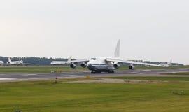 Αεριωθούμενο αεροπλάνο φορτίου Στοκ Εικόνα