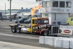 Αεριωθούμενο φορτηγό με τη φλόγα Στοκ Εικόνες