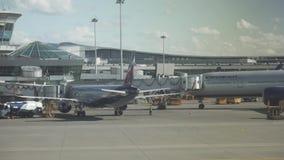 Αεροδρόμιο του διεθνούς βίντεο μήκους σε πόδηα αποθεμάτων αερολιμένων Sheremetyevo απόθεμα βίντεο