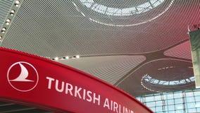 Αερολιμένας Turkish Airlines της Ιστανμπούλ ΣΕ ΑΡΓΗ ΚΊΝΗΣΗ απόθεμα βίντεο