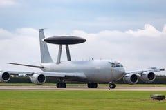 Αερομεταφερόμενα αεροσκάφη ZH101 AWACS έγκαιρης προειδοποίησης σκοπών της Royal Air Force RAF Boeing E-3D στο σταθμό Waddington τ Στοκ Εικόνα