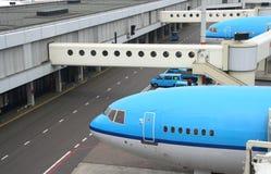 αεροπλάνα αεροδρομίων στοκ εικόνες