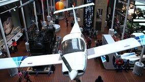 Αεροπλάνα που κρεμούν στο μουσείο, Εδιμβούργο απόθεμα βίντεο