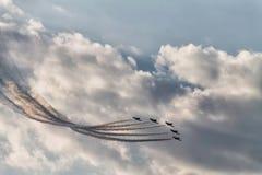 Αεροπλάνα στον ουρανό Στοκ φωτογραφία με δικαίωμα ελεύθερης χρήσης