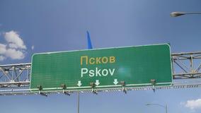 Αεροπλάνο που προσγειώνεται το Pskov απόθεμα βίντεο