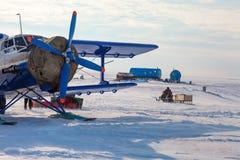 Αεροπλάνο χειμερινό tundra στοκ φωτογραφία με δικαίωμα ελεύθερης χρήσης