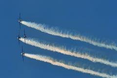 Αεροπλάνα στον ουρανό Στοκ εικόνα με δικαίωμα ελεύθερης χρήσης