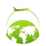 Αεροπλάνο πέρα από τη γη Πράσινος πλανήτης Ταξίδι Στοκ Εικόνες