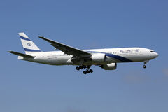 Αεροπλάνο του Boeing 777-200 αερογραμμών Al Ισραήλ EL Στοκ Εικόνες
