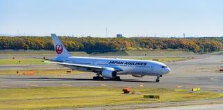 Αεροπλάνο JAL σε νέο Chitose Ariport Στοκ Εικόνες