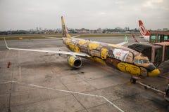 Αεροπλάνο - &#x22 OS Gemeos&#x22  γκράφιτι - αερογραμμές Gol Στοκ εικόνες με δικαίωμα ελεύθερης χρήσης